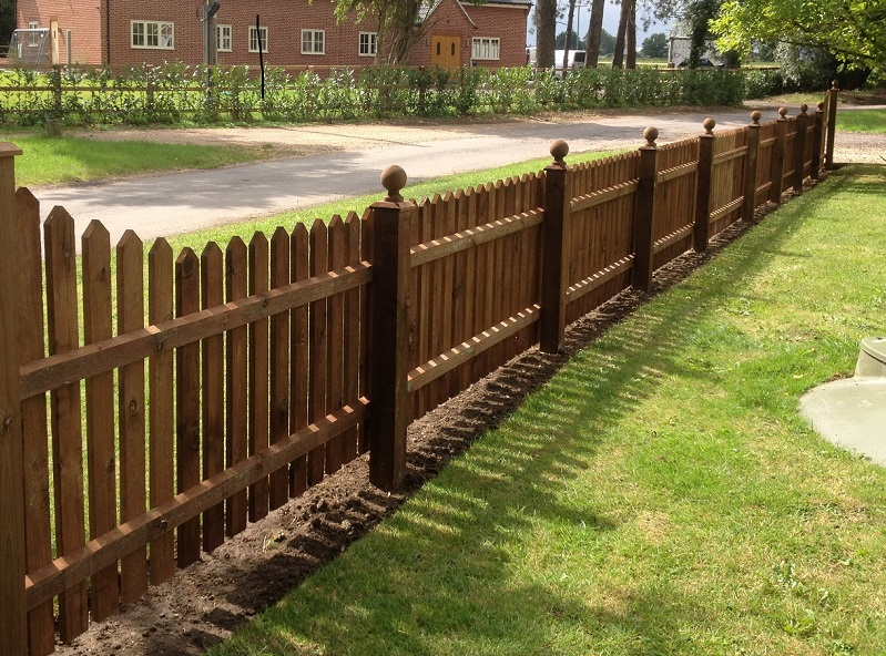 Ellis timber ltd picket fence and panels
